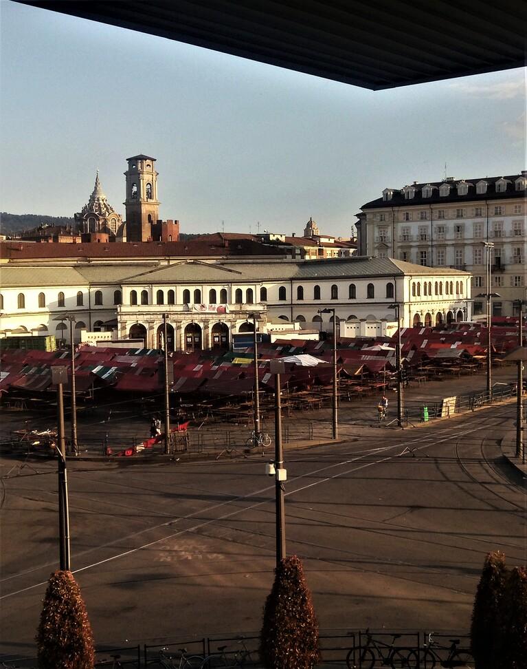 Porta Palazzo c'è il mercato più grande d'Europa